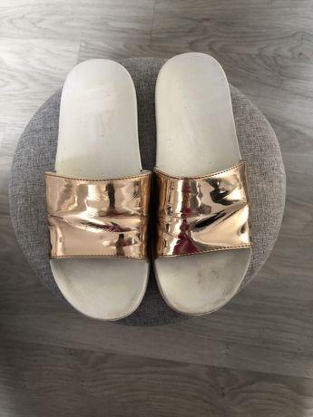 PRIMARK sliczne zlote klapki laczki sandalki 39