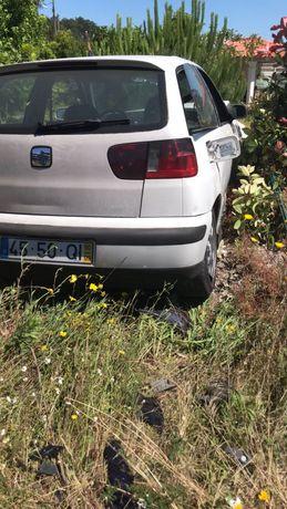 Seat Ibiza 6k2 acidentado
