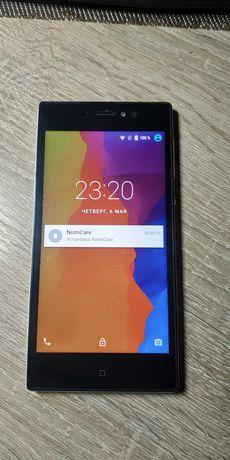 Смартфон Nomi i5031 Evo x1