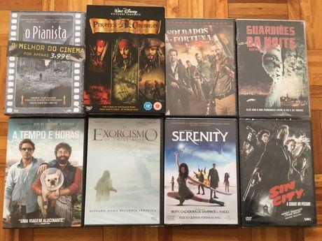 11 DVDs novos, Piratas das Caraíbas e outros, 9 deles selados
