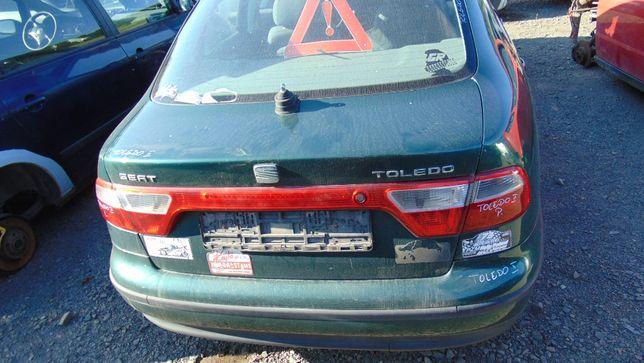 Paź#Seat Toledo II klapa bagażnika