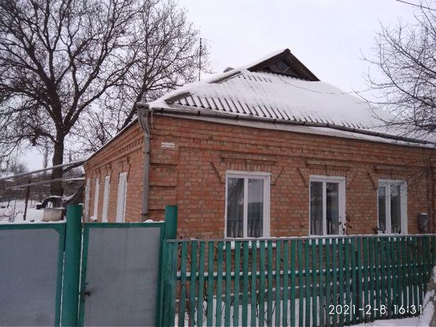 Продається будинок м.Новомиргород вул. Першотравнева
