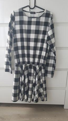 Sukienka flanelowa  ,stan idealny