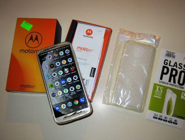 MOTOROLA Moto E5 Plus 3/32GB LTE Oreo Złoty (na Gwarancji)