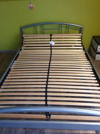 Łóżko + stelaż 200 x 140 cm. Gorąco polecam