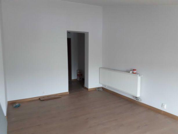 Kawalerka,Sosnowiec Centrum, Blok, CO. Czynsz 180 zł.