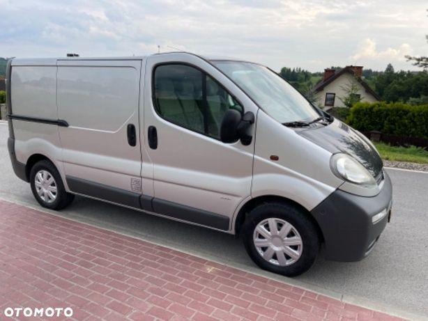 Opel Vivaro  L1H1 1,9dti hak org przebieg 2xprzesuwne drzwi