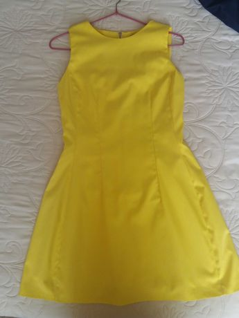Платье желтое р. 42(XS)