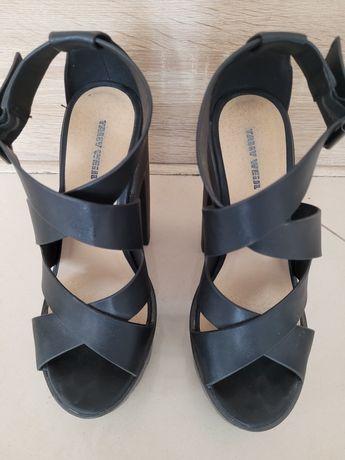 Sandały czarne roz. 36