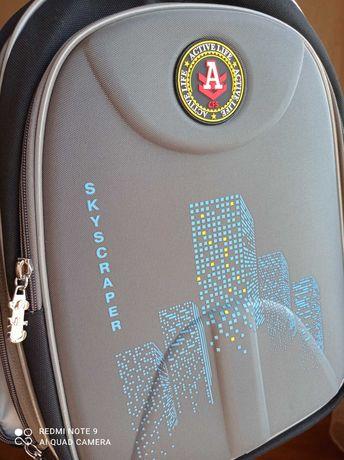 Рюкзак портфель в школу НОВЫЙ