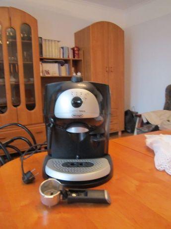 """Sprzedam ekspres do kawy BAR40 włoskiej firmy De""""Longhi S.p.A."""