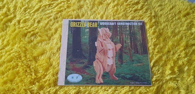 Puzzle  grizzly przestrzenne