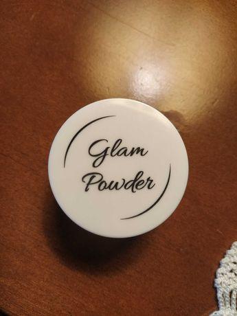 Puder sypki Glam Shop rozświetlający, stan idealny,