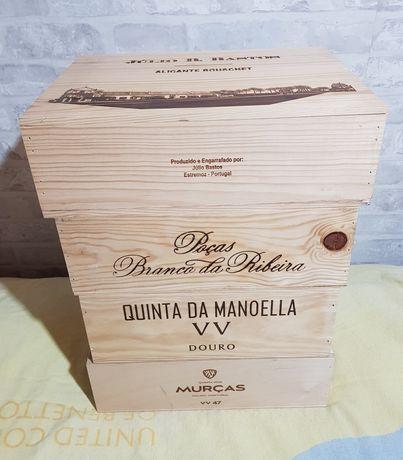 Caixas de vinho em madeira