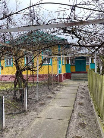 Загородный дом в 100 км от Киева