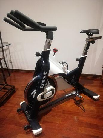 Bicicleta estática spinning Reebok