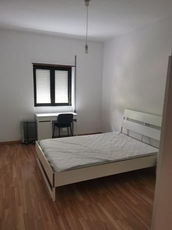 Alugo Apartamento em T5, perto UBI, 130 euros