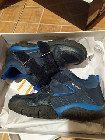 Продам Демисезонные ботинки GEOX