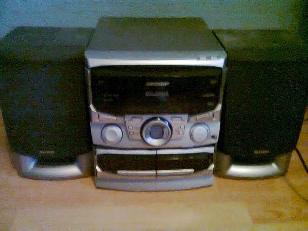Wieża Sharp CD-C605H.