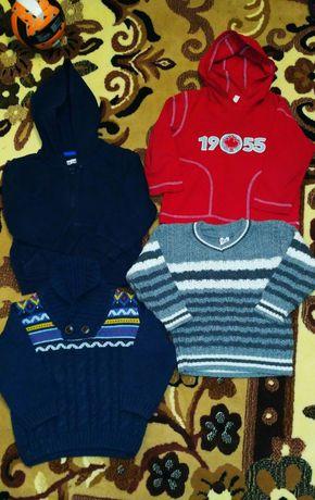 Свитер кофта теплая светр на мальчика 2-4г.