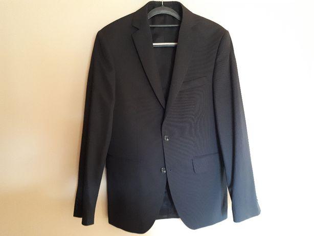 Garnitur Voyageur Fashion czarna marynarka i spodnie rozmiar 176/96/82