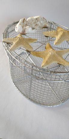 Koszyk łazienkowy z muszelkami