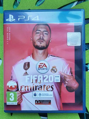 Gra FIFA 20 na PS4