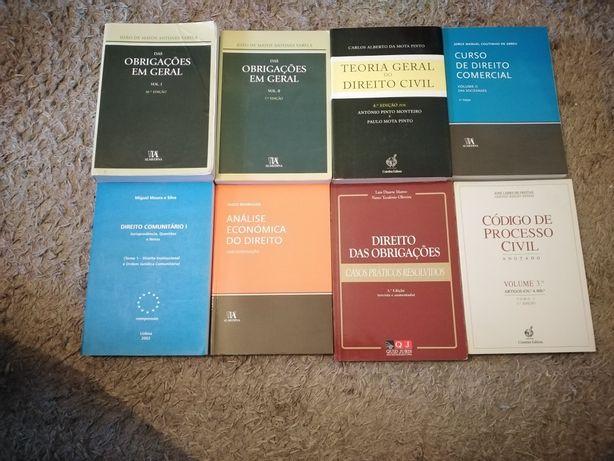 Livros de direito desde 10 euros