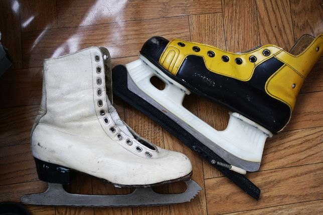 Коньки разные: для хоккея, фигурного