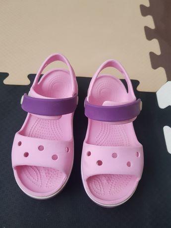 Сандали Crocs на девочку