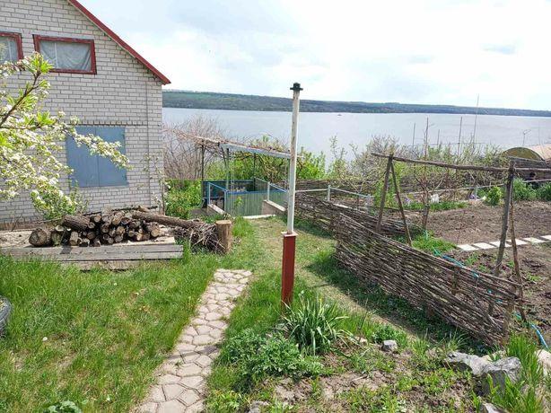 Продам загородный дом с видом на реку Днепр. Ямбург/ Днепровое