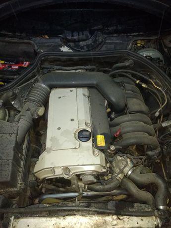 Двигатель на Mercedes W 124 ОМ111,М104,ОМ601,602,603,604,605,606
