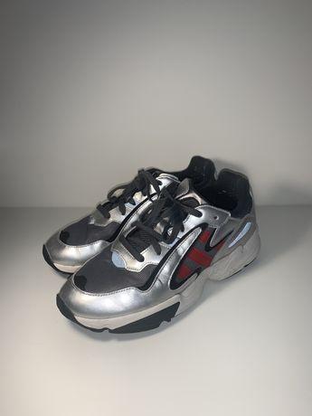 Adidas Yung 42