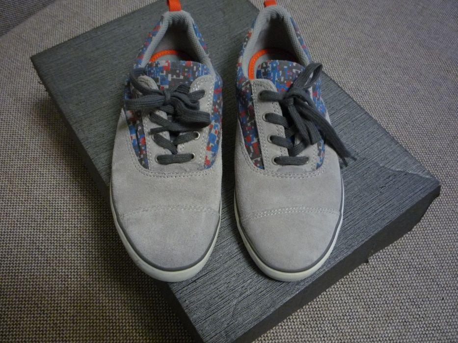 Замшевые мокасины/кросовки для мальчика Clarks, оригинал (размер 35)