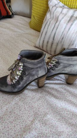Sapato Novo Proof