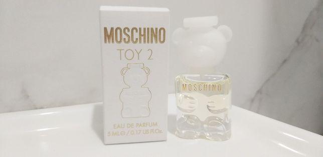 Миниатюра Moschino toy 2