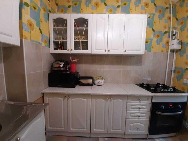 Продам кухню недорого