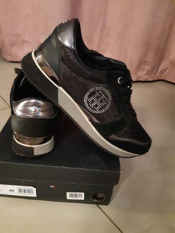 Sneakersy Tommy Hilfiger 40 czarne