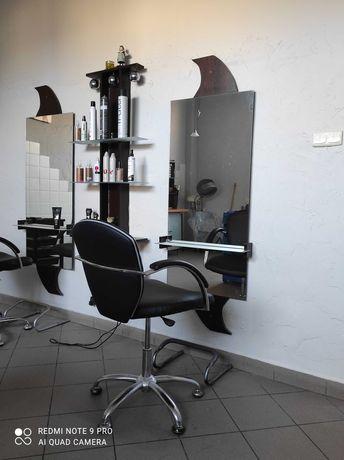 Podnajmę stanowisko w salonie fryzjerskim.