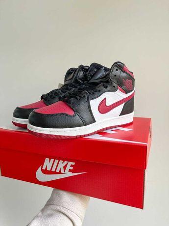 Зимние кроссовки Nike Air Jordan Red / Женская модель