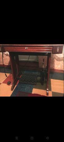 продам старинную швейную машинку Зингер
