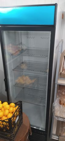 Холодильник витринный, СРОЧНО ПРОДАМ
