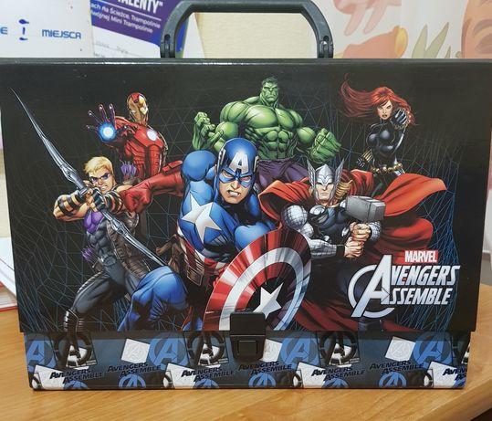Teczka twarda z rączką Avengers