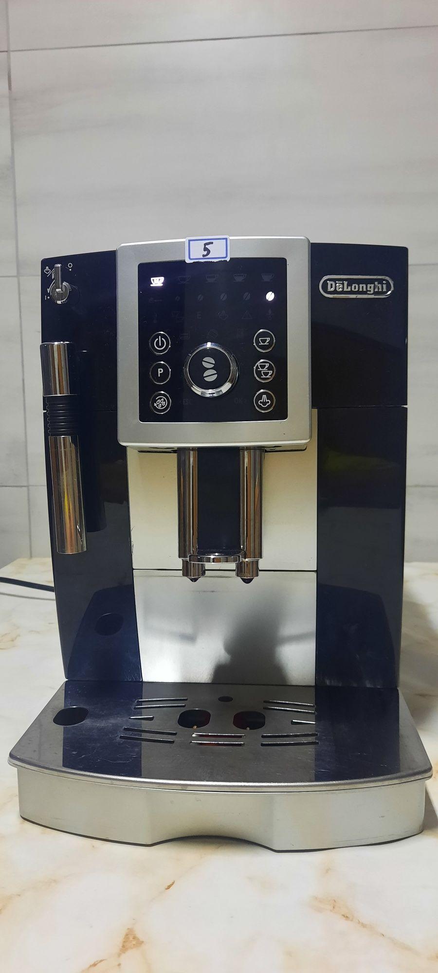 Máquina de café delonghi 23.210.b
