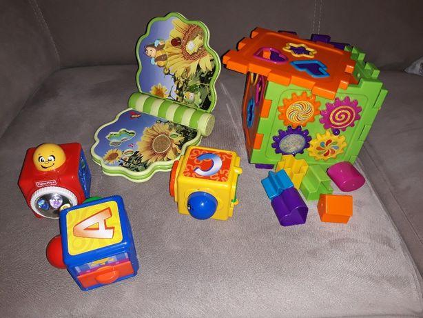 Komplet zabawek: sorter, książeczka, klocki aktywne