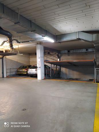 Garaż miejsce Postojowe Niciarniana Widzew