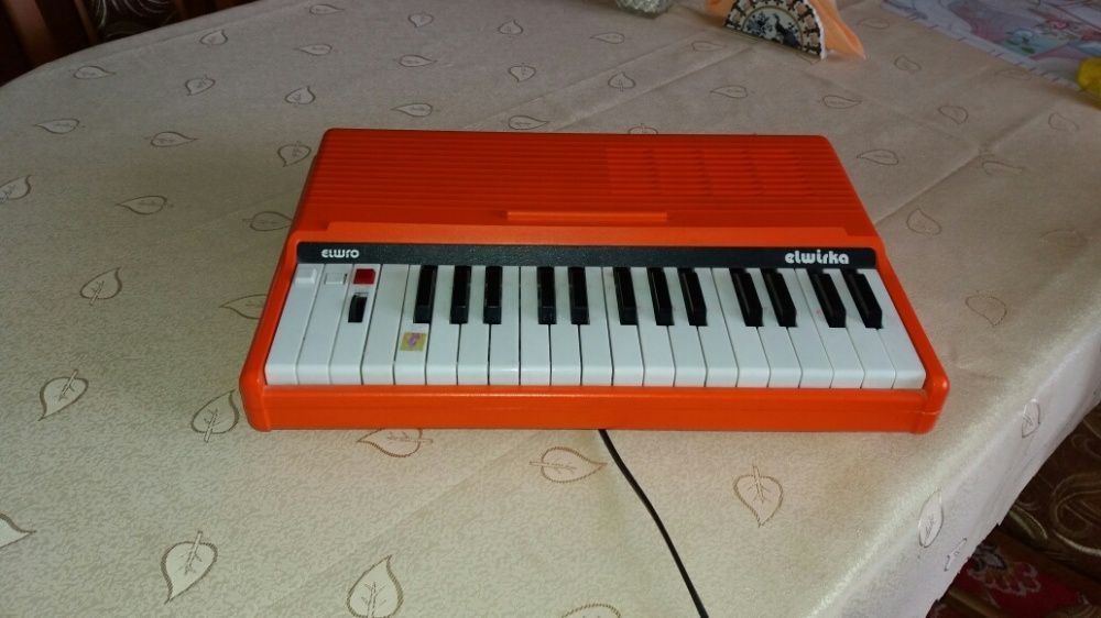 Syntezator muzyczny Elwirka