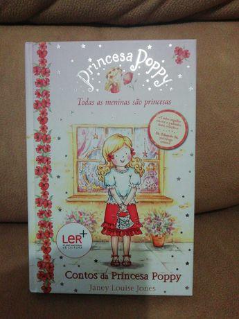 """Livro """"Princesa Poppy""""."""