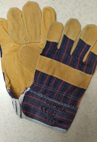 Перчатки защитные рабочие из кожи и хб