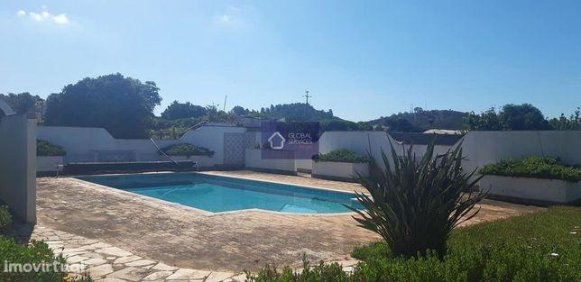 Magnifica Quinta de 3 hectares situada a apenas 10 minutos de Portimão